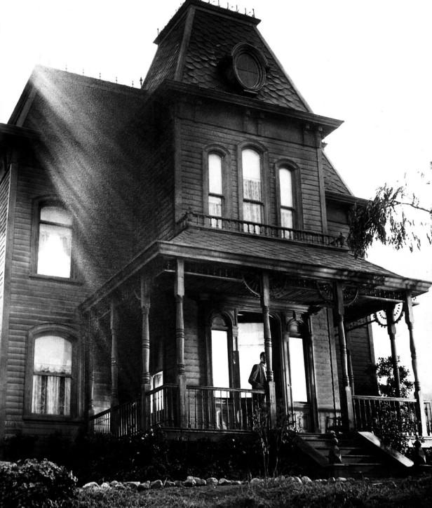 addams-house-2-1024x1204