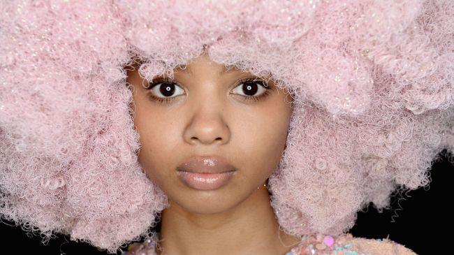 ashish-fashion-week-aw16-sexee-in-london-header-pastel-cotton-candy-wigs